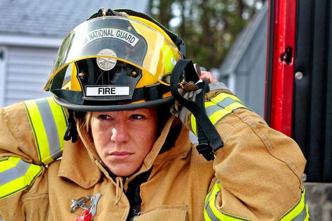 Woman-fire-fighter-958266_1920.jpg
